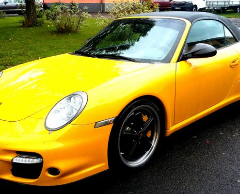 Porsche gelb